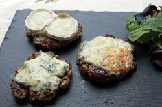 Hamburguesas de cordero a los tres quesos