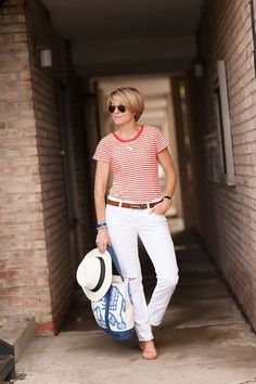 A Gap tee as featured on the blog Seersucker + Saddles by @Beth Parker.