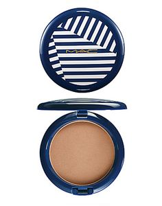 "Mac bronzer.. ""Hey, Sailor! Pro Longwear Bronzing Powder""    This exact one! ""Sun-Dipped"" <-- I think that's the color"