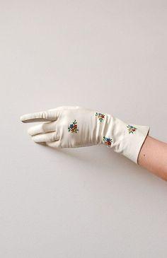Little Posies Gloves / 1930s vintage gloves / 30s 40s vintage gloves