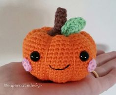SUPER CUTE DESIGN | Love to crochet colourful things!