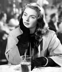 Ingrid Bergman looking exquisite in checked coat and gloves! Love !!!