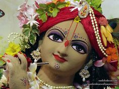 http://harekrishnawallpapers.com/sri-madan-gopal-close-up-iskcon-nashik-wallpaper-005/