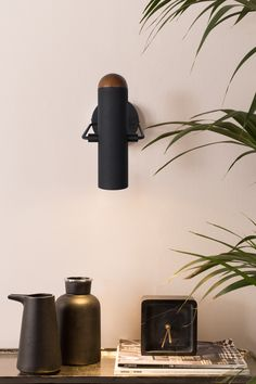 VERLICHTING | Marlon wandlamp zwart van Zuiver. Vida Design, Luminaire Design, Black Walls, Retro Design, Sconces, Wall Lights, Bulb, Lighting, Home Decor