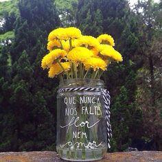 Que nunca nos falte flor