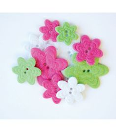 Favorite Findings Felt Buttons-Festive Flowers 17/pkg, , hi-res