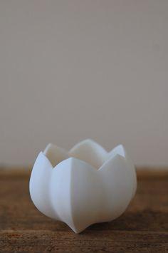 若杉聖子 (Porcelain by Seiko Wakasugi, Japan http://www.facebook.com/seiko.wakasugi)