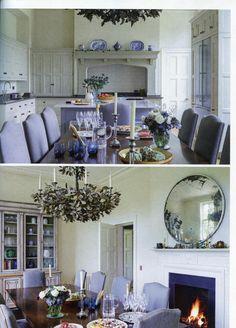 Elegant bespoke Martin Moore kitchen martinmoore.com Homes & Gardens January 2016