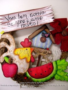 Descripción Tole Painting, Painting On Wood, Diy And Crafts, Arts And Crafts, Chicken Crafts, Fruit Of The Spirit, Kids Boxing, Handicraft, Christmas Ornaments
