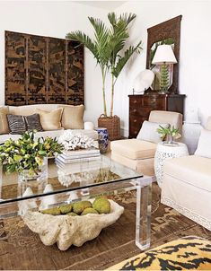 Coastal Living Rooms, New Living Room, Living Room Furniture, Living Room Decor, Dining Room, Interior Design Trends, Luxury Interior, Interior Paint, Tropical Home Decor