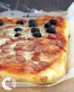 Pizza senza glutine facilissima, impastata con la spatola - paneamoreceliachia