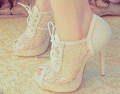 Cute shoes!!
