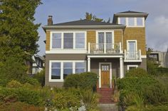 Sober living homes in Washington state. Call (855) 287-876 for more information
