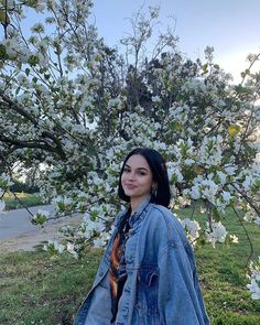 Maggie Lindemann is cute. Maggie Lindemann, Grunge Hair, Celebs, Celebrities, Aesthetic Girl, Photography Poses, My Girl, We Heart It, Inspiring Photography