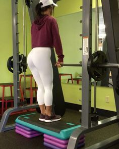 """6,221 Likes, 195 Comments - Jill Christine (@jillchristinefit) on Instagram: """"LEG DAY! Gym was busy so I snagged the Smith Machine and ended up doing my entire workout on it!…"""""""