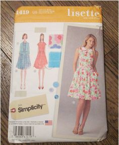 1419 Lisette Sewing Pattern Ladies Sleeveless Short Sleeve Dress with Peter Pan Collar Size 16-24