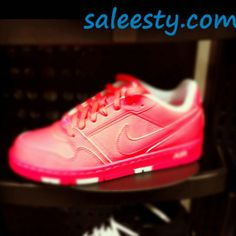 hot pink nikes      as usual, a pair of Nike's Shoes for Cheap im in love with and I can't find them.