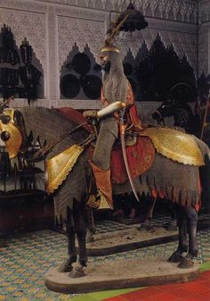 Indo-Persian armor for rider and horse. Stibbert Museum in Florence. Knight In Shining Armor, Knight Armor, Types Of Armor, Turkish Soldiers, High Middle Ages, Islamic Paintings, Horse Gear, Armor Concept, Florence