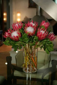 Protea Vase - Angel Flowers - London Florist in Islington Protea Bouquet, Protea Flower, Flower Vases, Flower Art, Bouquets, Flor Protea, Protea Wedding, Wedding Flowers, Tropical Flowers
