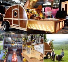 Great American Woody is a custom trailer mobile bar for retro caravan lovers