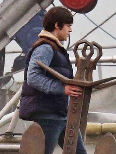 Jonathan as Hercules on set | 11/13/15(x)
