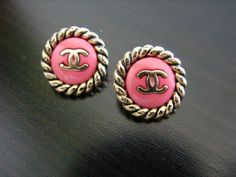 Vintage Chanel. Gorgeous.