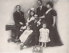 The Bouvier Family in the 1890's. Major, Maude and their children Bud, Maude, Edith, John III and Michelle.
