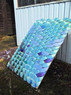 CD/DVD Roofing Concept : 7 Steps (with Pictures) - Instructables Cd Diy, Diy Upcycling, Upcycle, Cd Project, Recycled Cds, Diy Art, Diy Home Decor, Recycling, Diy Projects