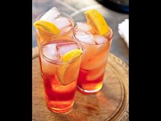 Aperol Spritz - the perfect Aperitif - 2 ounce prosecco 1 ounce Aperol splash of soda (optional) orange slice for garnish Cocktail Party Appetizers, Cocktail Recipes, Top Cocktails, Summer Cocktails, Limoncello, Refreshing Drinks, Fun Drinks, Beverages, Mojito