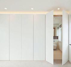 best easy diy for your dream closet doors 31 Bedroom Closet Design, Closet Designs, Home Bedroom, Wardrobe Doors, Bedroom Wardrobe, Hidden Doors In Walls, Ideas Armario, Modern Closet Doors, Hidden Closet