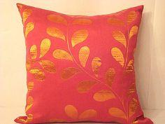 Orange leaves pillow  Fuchsia seasonal nature 20x20 by SABDECO, €23.00
