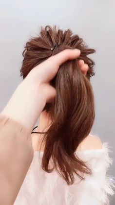 hairstyles for long hair videos Hairstyles Tutorials Compilation 2019 Part 284 hair style video for girl - Hair Style Girl Little Girl Hairstyles, Pretty Hairstyles, Braided Hairstyles, Wedding Hairstyles, Easy Elegant Hairstyles, Fringe Hairstyle, Ponytail Hairstyles Tutorial, Creative Hairstyles, Updo