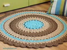 38 Ideas crochet heart rug pattern projects for 2019 Crochet Doily Rug, Crochet Carpet, Love Crochet, Crochet Patterns, Crochet Gifts, Diy Crochet, Knit Rug, Rug Yarn, Yarn Projects