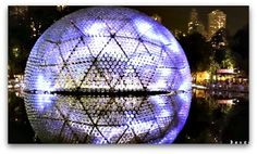 Victoria Park Lantern Wonderland Rising Moon