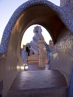 La Pedrera ,BCN   -  ph.  Andreas Balle  - Flickr  - Photo Sharing!