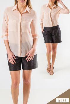 Camisa de Mangas Longas em tecido de Voil. Seja com um shorts, para compor um look mais casual ou com uma calça social para uma ocasião mais formal, essa camisa é garantia de sofisticação e elegância.
