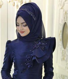 2018 Most Elegant Hijab Evening Dresses Gowns # pınarşems # hijab - Wedding Dresses 2019 Best Brindal Muslimah Wedding Dress, Hijab Style Dress, Muslim Wedding Dresses, Muslim Dress, Wedding Dress Trends, Abaya Mode, Mode Hijab, Bridal Hijab, Bridal Outfits