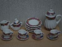 Lovely Dolls House tea Set from the Wonham Collection. DA159.