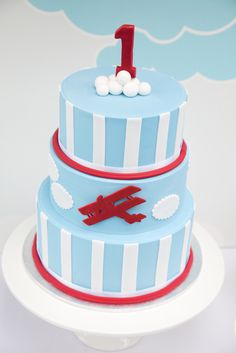 Cute Cake for an Airplane Party!     #airplane #airplaneparty