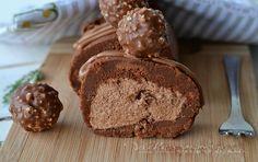 Rotolo di biscotti con crema rocher ricetta senza cottura, un dolce facile e goloso con tanta crema rocher e biscotti al cacao , ottimo per grandi e piccoli