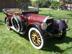 Pierce-Arrow Model 48B Touring 1917.