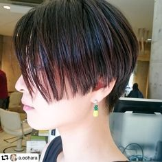 HEAT tokyo MEGUROさんはInstagramを利用しています:「#repost @a.oohara ・・・ ミニマムショートカット👦👌 wetなスタイリングもgood #刈り上げ女子 #ショートカット女子 #wethair #バッサリ #ツーブロック女子 #heat #heattokyo #目黒 #目黒川 #目黒美容室…」 Short Bob Hairstyles, Meguro, Short Hair Styles, Hair Beauty, Instagram, Bob Styles, Short Hair Cuts, Short Hairstyles