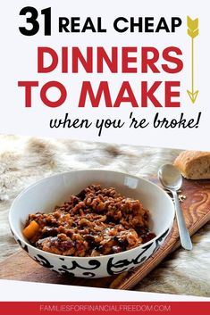 Find 31 budget-friendly easy and cheap dinner recipes to feed your hungry family! You can make these cheap dinner recipes in 30 minutes or less! Cheap Dinners To Make, Quick Cheap Meals, Cheap Family Meals, Frugal Meals, Budget Meals, Freezer Meals, Healthy Recipes On A Budget, Cheap Recipes, Yummy Recipes