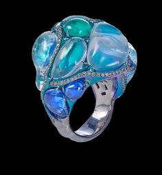 Incredible Arunashi ring... apparently you would have to actually go to their shop to buy it, though.