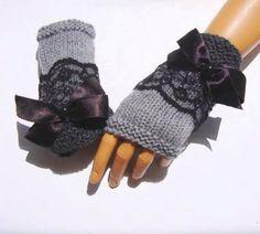 Grey half finger, handknit fingerless gloves with lace, girls knit grey gloves, knit grey armwarmer Knitting Patterns Fingerless Gloves Knitted, Crochet Gloves, Lace Gloves, Knit Mittens, Knit Crochet, Knit Lace, Grey Gloves, Crochet Books, Crochet Stitch