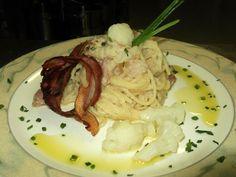 Spaghetti alla crema di cavolfiore e fonduta di formaggi di malga altoatesini con pancetta croccante - ricetta inserita da Gaetano Borda