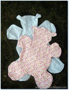 sew a straight line: Teddy Bear Shaped Blanket