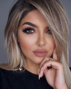 On the short, medium and long hair. Photos, fashion colors Best Hair Models and Hair İdeasi Popular Great Hair Style, Hair Design Easy Updos For Long Hair, Long Wavy Hair, Tan Skin Makeup, Hair Makeup, Blonde Makeup, Make Up Looks, Face Shape Hairstyles, Weave Hairstyles, Long Shag Haircut