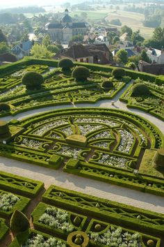 Parterre - Topiary Garden at Chateau de Hautefort, in Hautefort, Dordogne… Amazing Gardens, Beautiful Gardens, Famous Gardens, Landscape Architecture, Landscape Design, Landscape Photos, Gardens Of The World, Topiary Garden, Garden Park
