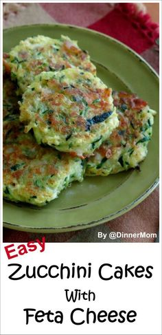 Zucchini Cakes with Feta Cheese and Red Onion - these are so delicious, healthy and easy to make! Banting Recipes, Low Carb Recipes, Cooking Recipes, Healthy Recipes, Feta Cheese Recipes, Vegetable Recipes, Vegetarian Recipes, Zucchini Cake, Zucchini Pancakes